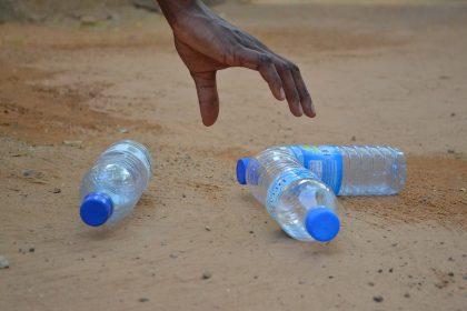 Dando una segunda vida al plástico evitamos que acabe en el mar